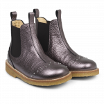Chelsea boot with studs