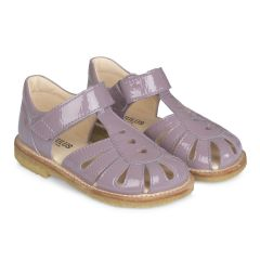 Sandal with hearts and velcro closure