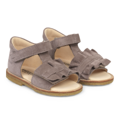 Starter sandal with velcro and ruffle