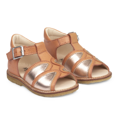 Starter sandal with open toe and buckle closure