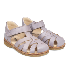 Braid sandal with adjustable velcro closure