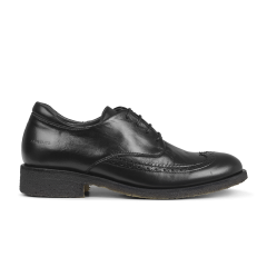 Brogues w. cap-toe and laces
