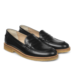 Classic loafer with soft heelcap