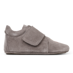 Indoor shoe with velcro