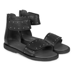 Sandal with velcro