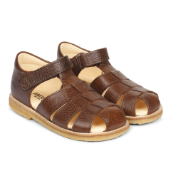 Sandal with adjustable velcro closure
