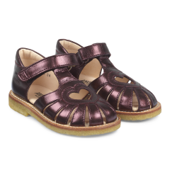 Sandal with heart detail and velcro closure