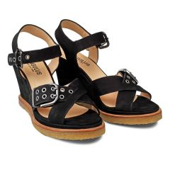 Wedge-heeled sandal with buckles