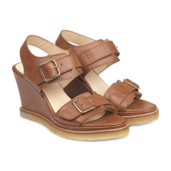 Wedge-heeled sandal with buckle