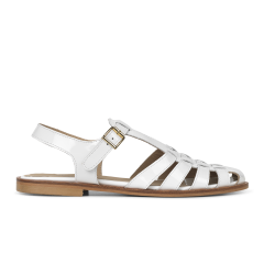 Strap sandal with buckle