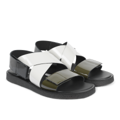 Sandal with plateau sole