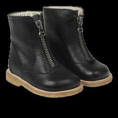 Boot w. wool lining