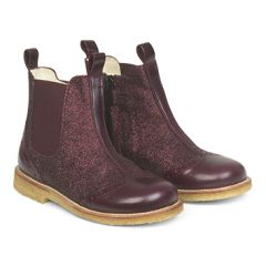 Chelsea Boot with elastic and zipper