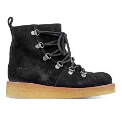 Snow boot with laces and zipper