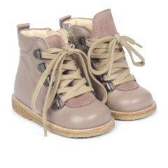 Starter boot with laces and zipper
