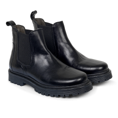 Chelsea Boot with track sole