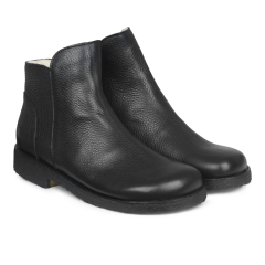 Boot with wool lining, zipper and wide fit