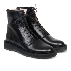 Boot with zipper and laces