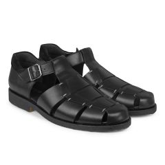 Classic sandal with buckle
